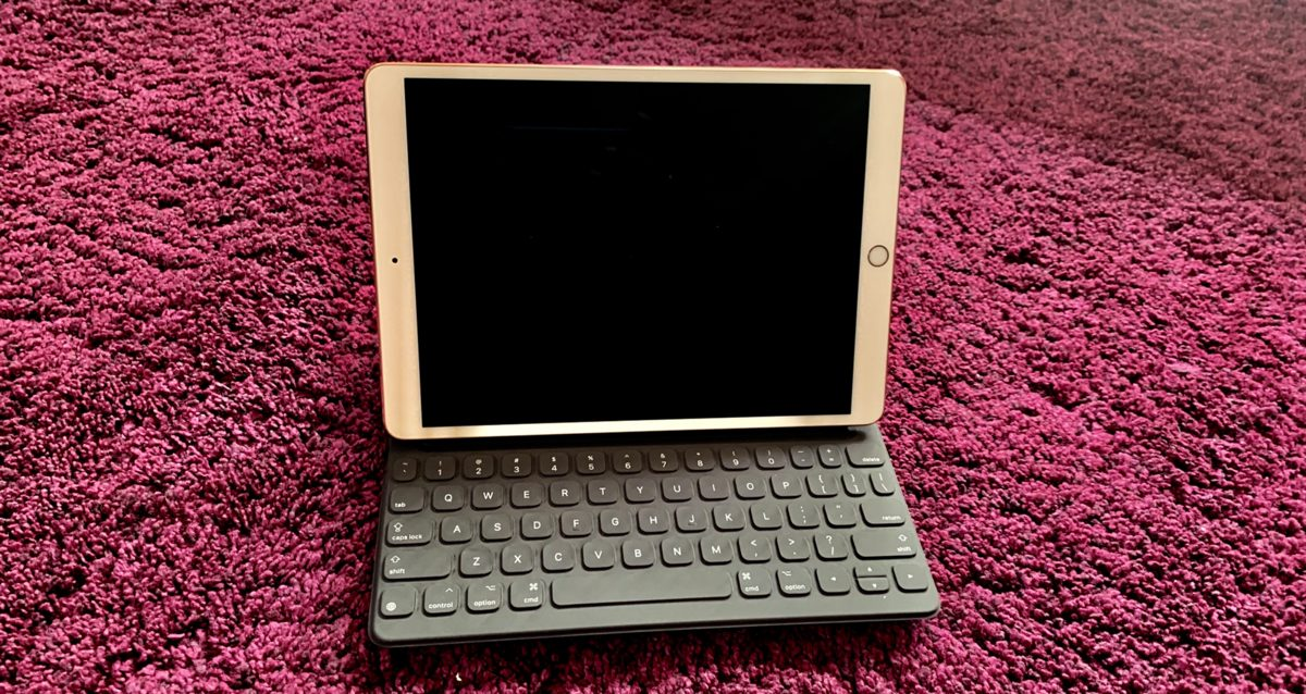 Apple-iPad-keyboard-adventuresandmaitais